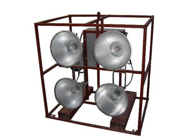 4 LIGHT ELECTRIC CAGE MOUNTED FLOODLIGHTS